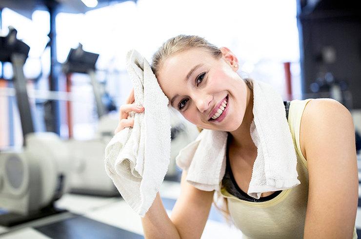 Молодеешь на глазах: 4 факта о пользе спорта для кожи здоровье,красота,молодость,спорт