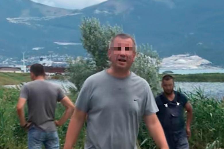 Помощница мэра Новороссийска избила журналиста, снявшую слив канализации в море
