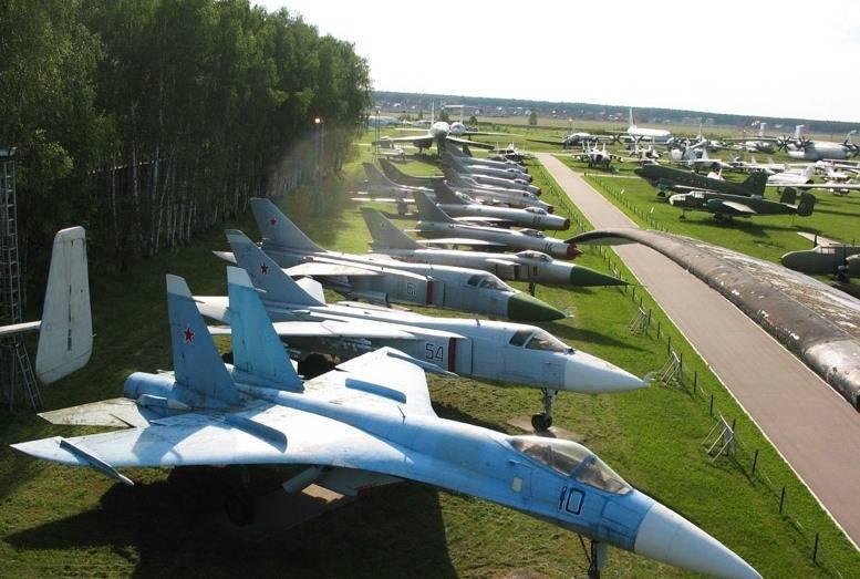 Составлен список авиатехники, передаваемой из Монино в парк «Патриот»