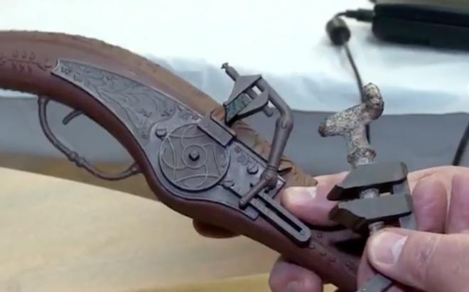 Пистолет возрастом в 500 лет: находка несколько веков лежала среди камней в горах