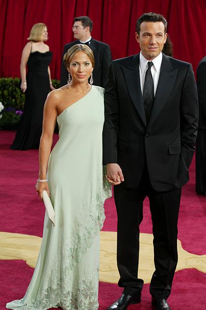 """Бен Аффлек вспомнил о романе с Дженнифер Лопес: """"Люди были чертовски злыми по отношению к ней"""" Звездные пары"""