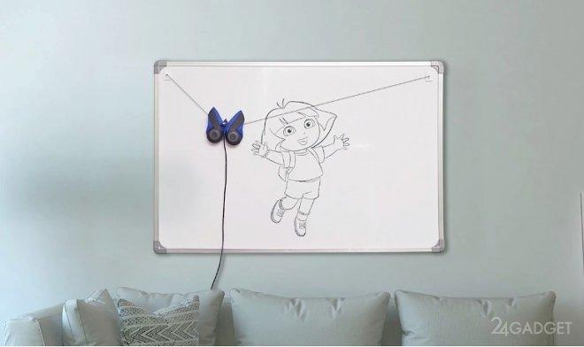 Робот-бабочка обучит малышей основам рисования