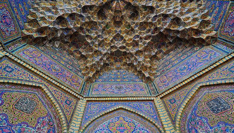 Чарующие и гипнотизирующие своды мечетей