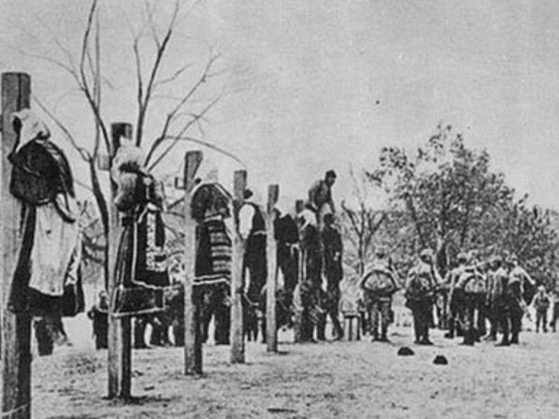 Трагедия Прикарпатской Руси. 100 лет назад в концлагерях русских переделывали в украинцев.