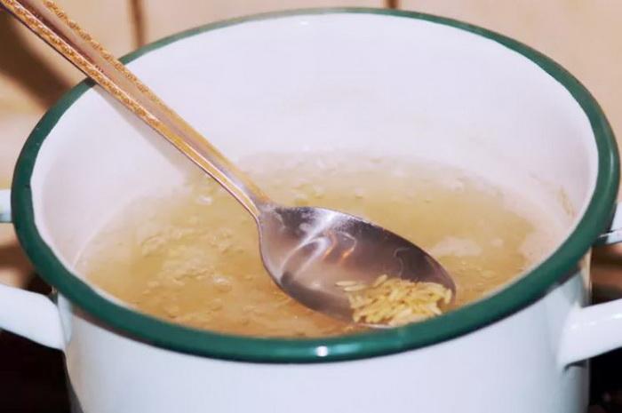 Коричневый рис можно варить в большом количестве воды, как макароны.