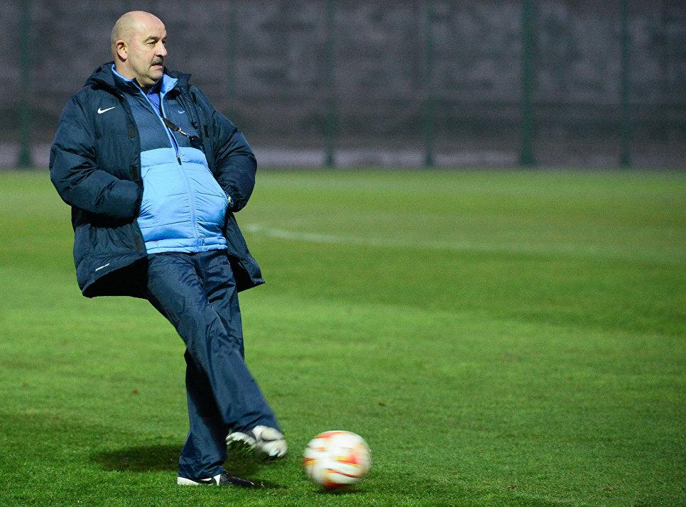 О новом тренере нашей футбольной сборной.