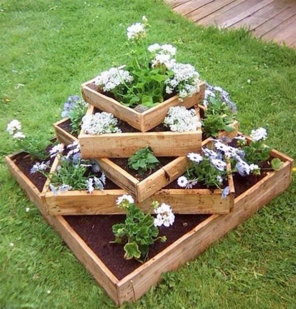 что можно сделать из поддонов в саду
