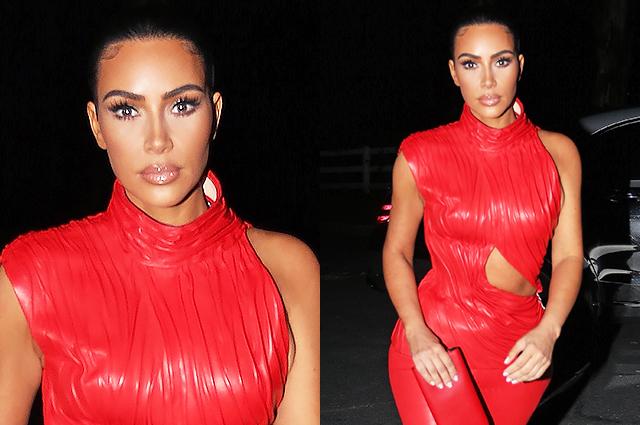 Ким Кардашьян в красном кожаном костюме на прогулке в Малибу: новые фото Звездный стиль