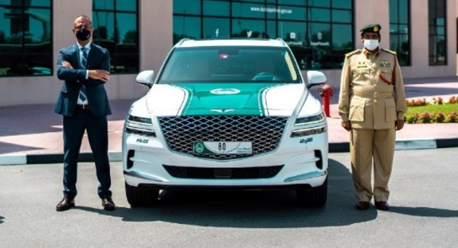 Премиальный кроссовер Genesis GV80 пополнил автопарк полиции Дубая Автомобили
