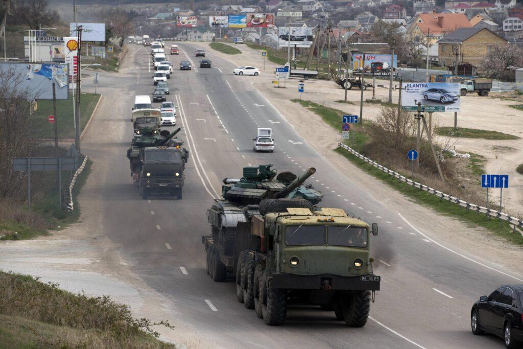 Украинцам напомнили, сколько силовиков пожелало остаться в Крыму после присоединения к России