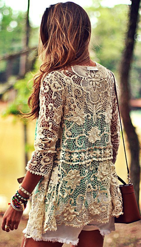 Moikana Cream Lace Jacket by Decor e Salto Alto -- would be really lovely over a strappy sundress for Easter and after.:
