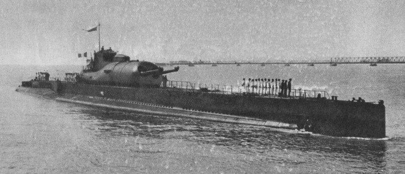 Подводный крейсер «Сюркуф»