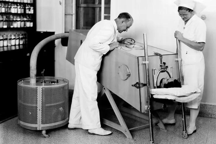 История ИВЛ: как спасали людей отбиблейских времен донаших дней аппарат,дыхание,здоровье,изобретение,легкие,лечение,медицина,технологии