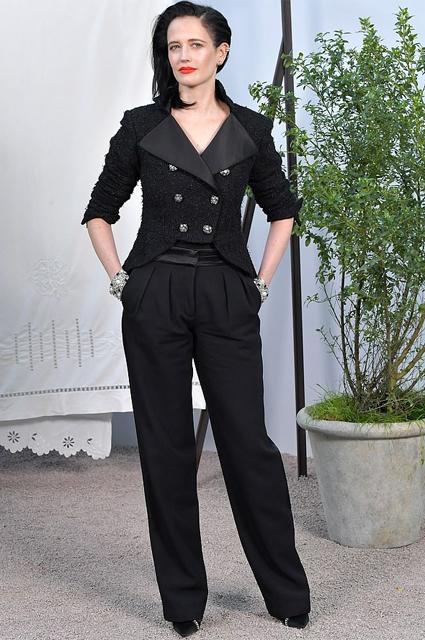 """Ева Грин назвала высокие каблуки антифеминистскими: """"Мы как птицы на ходулях"""" Новости моды"""