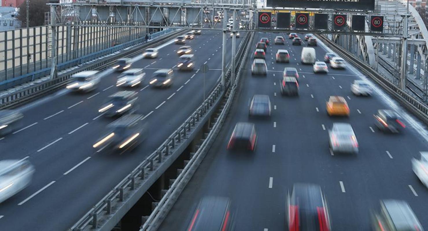 В ГИБДД рассказали об особенностях управления автомобилем весной Автомобили