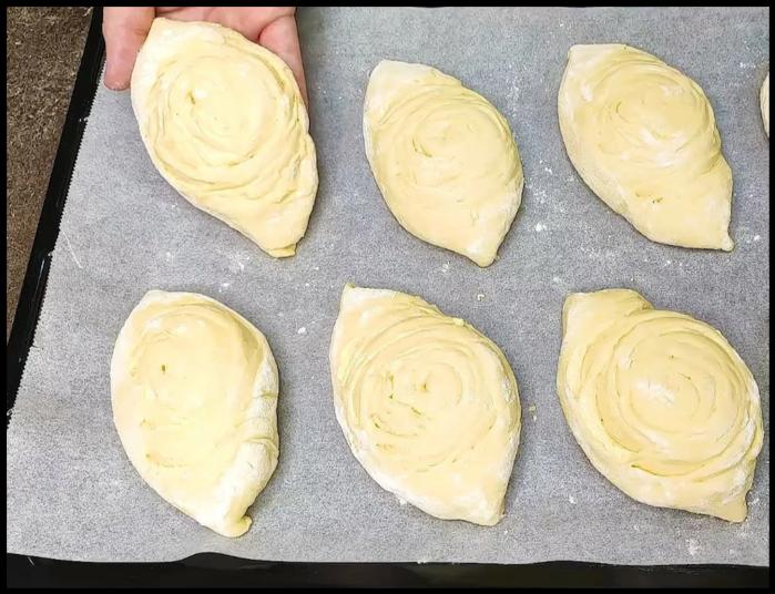 Все кто пробовал, просят что-бы продавала: воздушные булочки с творожной начинкой!