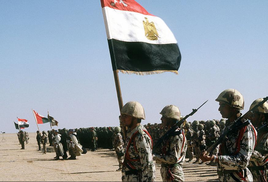 Сотни укрытий и террористов с боеприпасами: в Египте рассказали о зачистке Синая