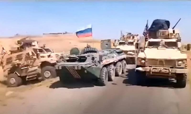 Российские БТР вновь не пустили американцев, ловко преградив им путь в Сирии