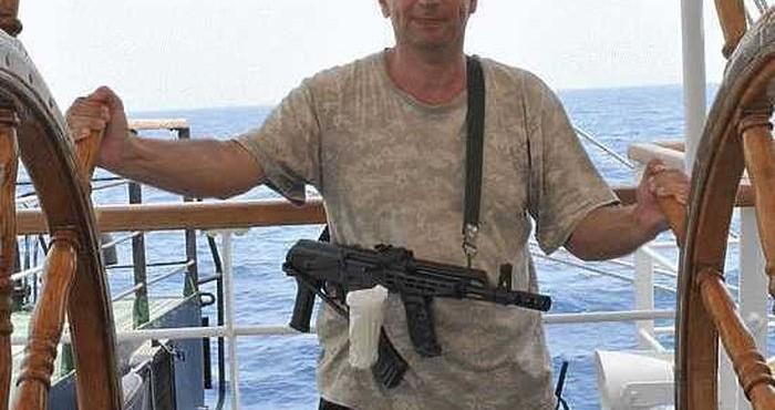 Как офицер из Питера от сомалийских пиратов отбивался