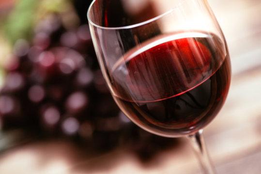 Низкие дозы вина улучшают ра…