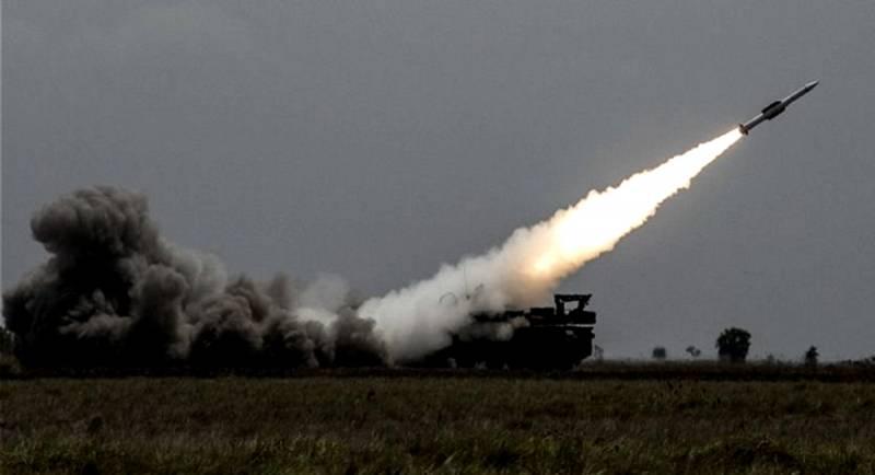 В попытке дать фору С-300 и «Буку-М3». Секреты белорусской зенитной ракеты 9М318