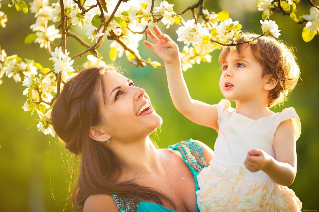 Женщина с ребенком — о проблемах выживания