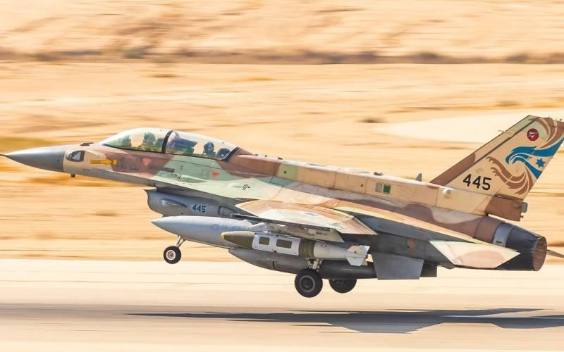 Израильская авиация наносит удары уже и по северным территориям Сирии сирия