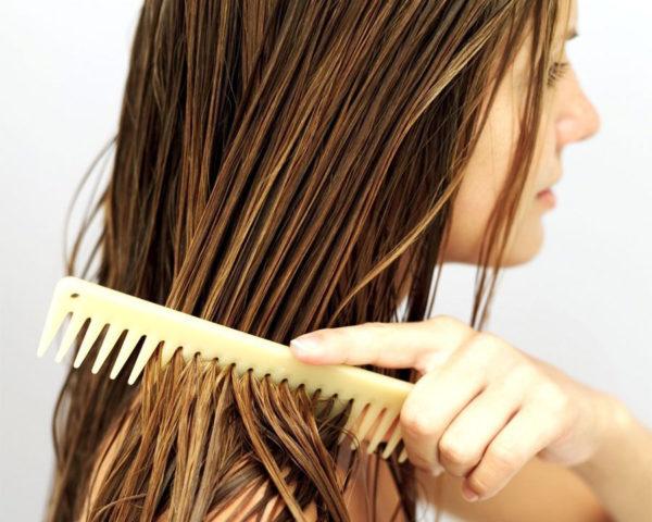Расчесывание мокрых волос