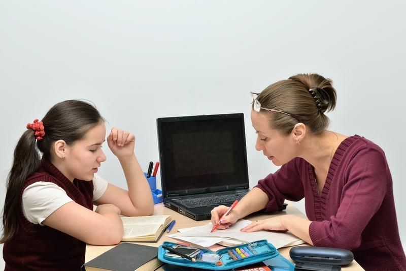 Только треть московских учителей поддерживает легализацию репетиторства