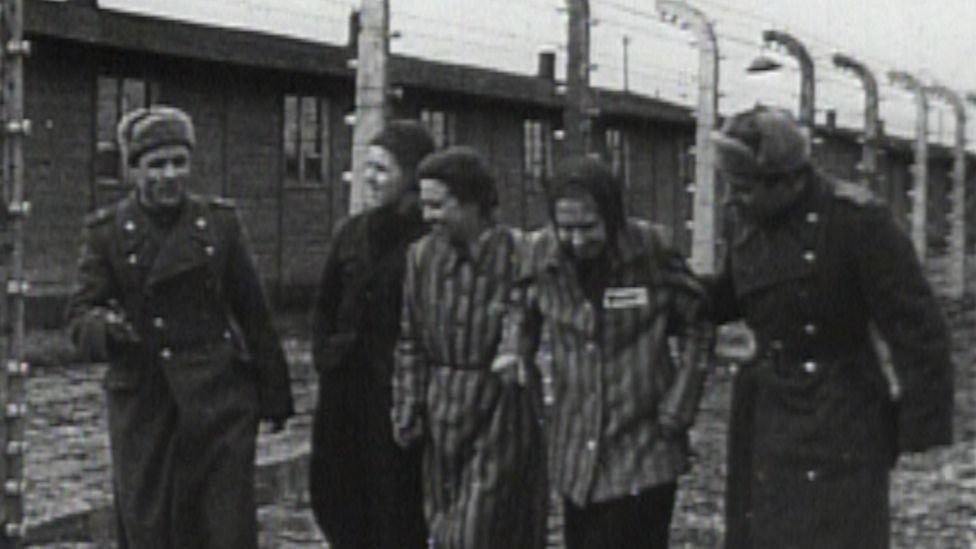 """""""Я лежала на горе трупов, но не сдалась"""". Как выжили и как живут последние свидетели Холокоста вторая мировая война,история,холокост"""