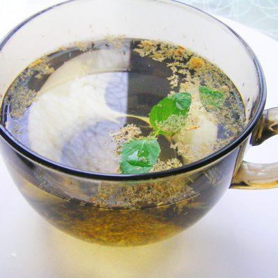 Чай из ромашки и мяты - рецепт с фото