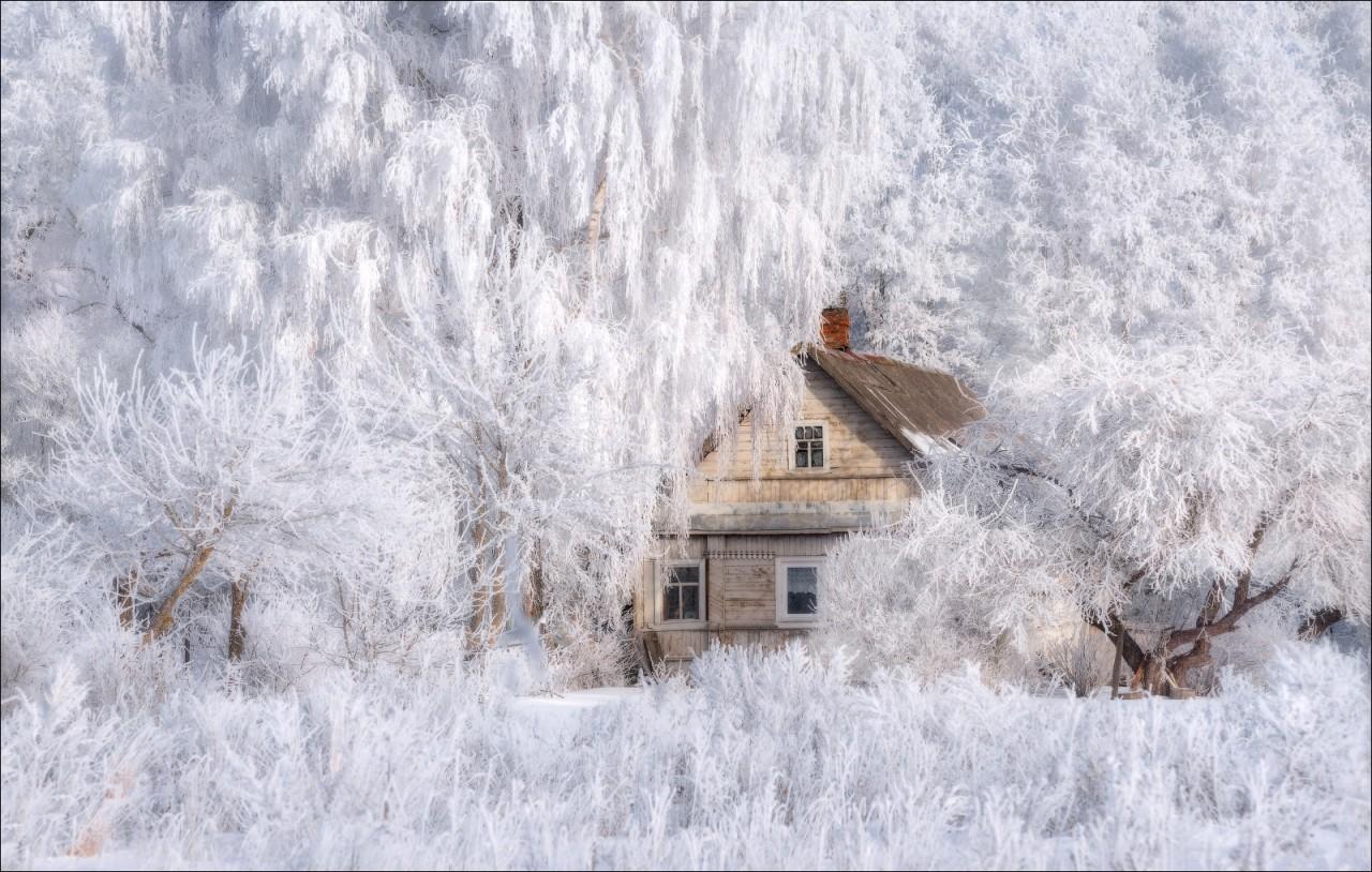 Эх, красоту наблюдаем какую Нашей волшебной русской зимы!