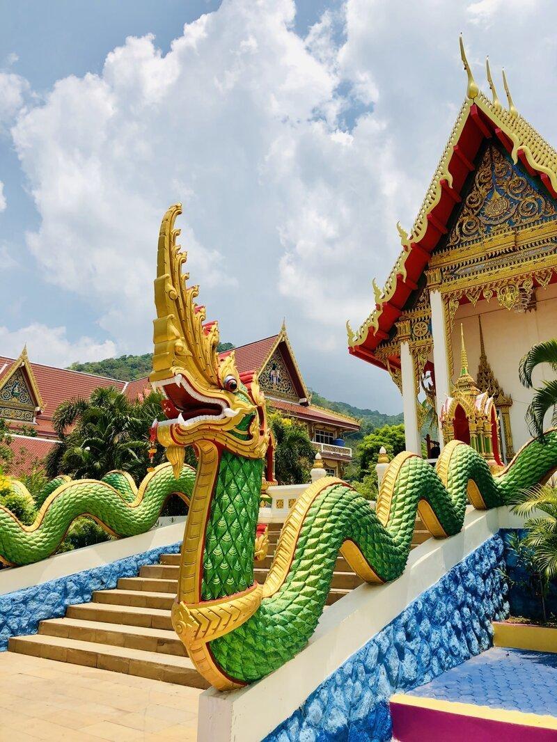 Местный очень красочный Храм. азия, море, отдых, путешествие, пхукет, тайланд, экзотика