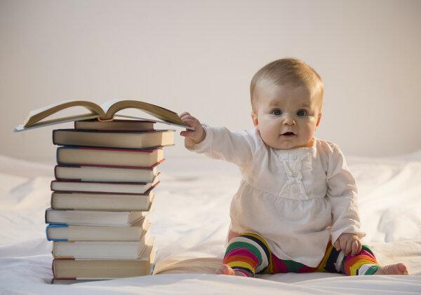 """""""Ваш ребенок в 3 года даже не читает?!"""" Хвастовство в частном садике"""