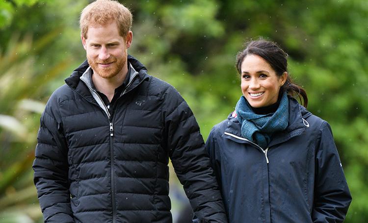 Меган Маркл и принц Гарри поработали курьерами по доставке еды: отзывы клиентов Монархи,Британские монархи
