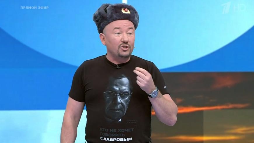 Чешскому журналисту Смейкалу в эфире ТВ посоветовали «вымыть палец» при обсуждении России