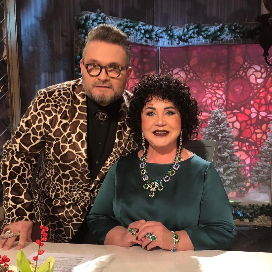 """Зрители """"Модного приговора"""" не понимают, как Бабкина может давать советы участникам с такой прической"""