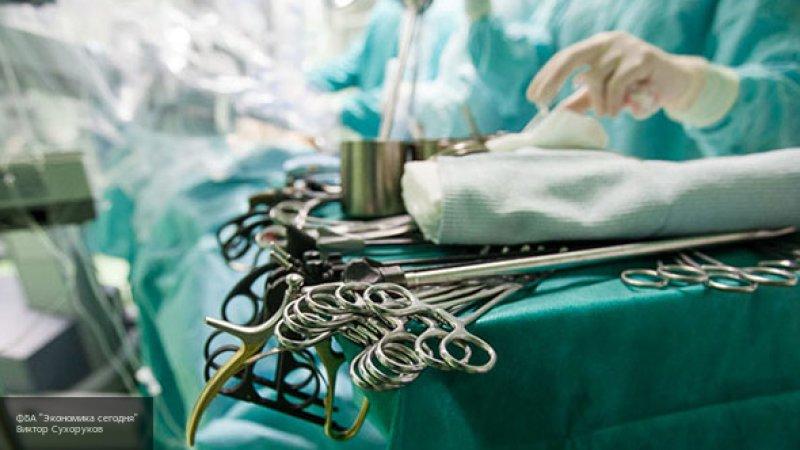Британский гинеколог снимал пациенток на камеру, которая была спрятана в его очках