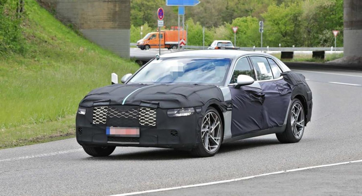 Новый Genesis G90 2022 года заметили на тестах в Германии Автомобили