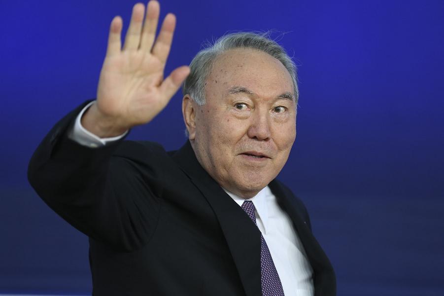 Последний из СССР. Назарбаева ушел как Ельцин, но с местной спецификой