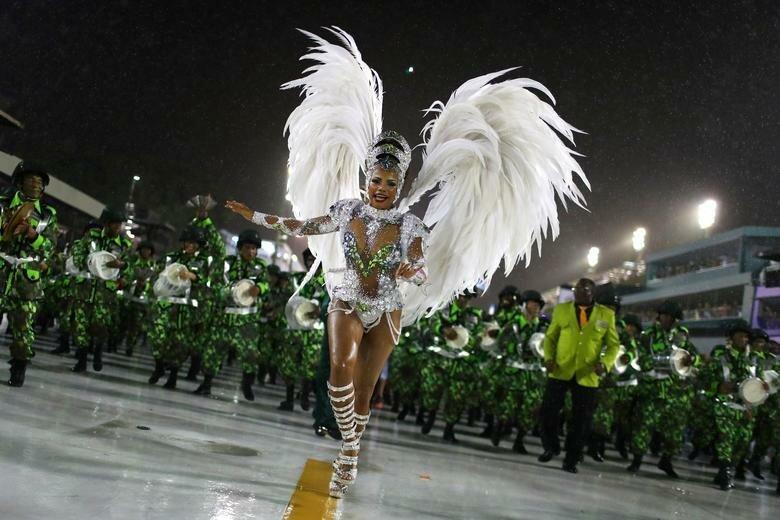 Королева барабанов школы - Китерия Чагас бразилия, в мире, карнавал, события, фото, фотоотчет, фоторепортаж