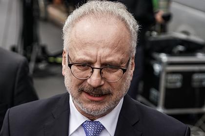 Президент Латвии попал в ДТП