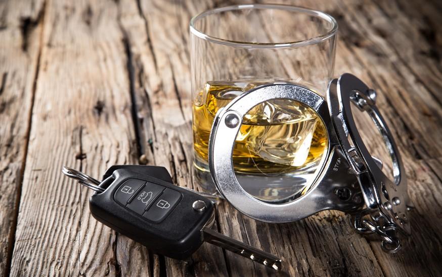 Для борьбы с «пьяными ДТП»: власти в РФ задумались об установке алкозамков на машины авто,авто и мото,водителю на заметку,гибдд,дтп,машины,пдд,Россия,штрафы и дтп
