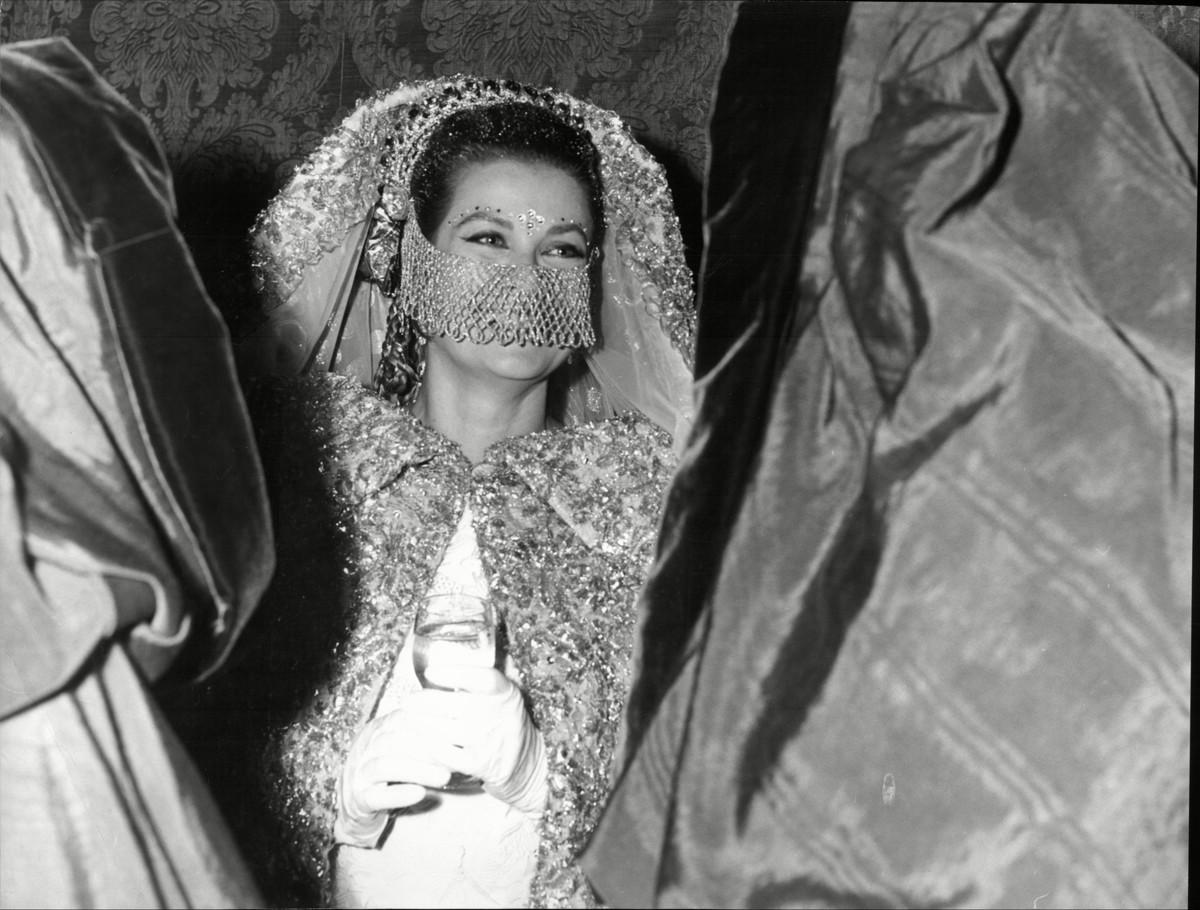 Великолепная Грейс: Жизнь кинодивы в фотографиях