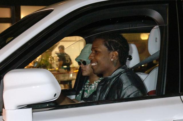 Рианна и ее бойфренд A$AP Rocky снова попали в объективы папарацци Звездные пары