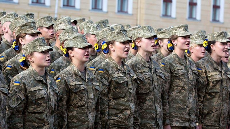 ЛНР: женщины-снайперы из Евр…