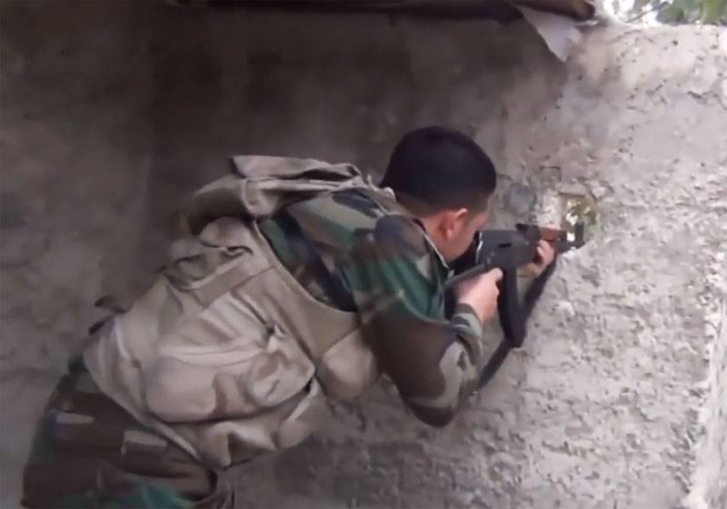 Боевикам удалось вклиниться в линию обороны САА западнее города Кафранбел