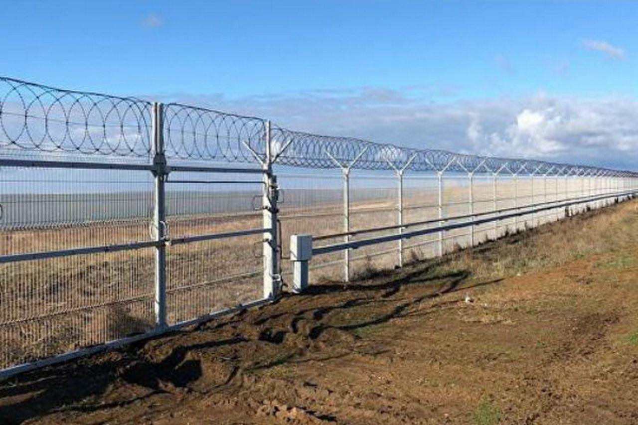 «Стена» на крымско-украинской границе: сюрприз в том, что это — сюрприз
