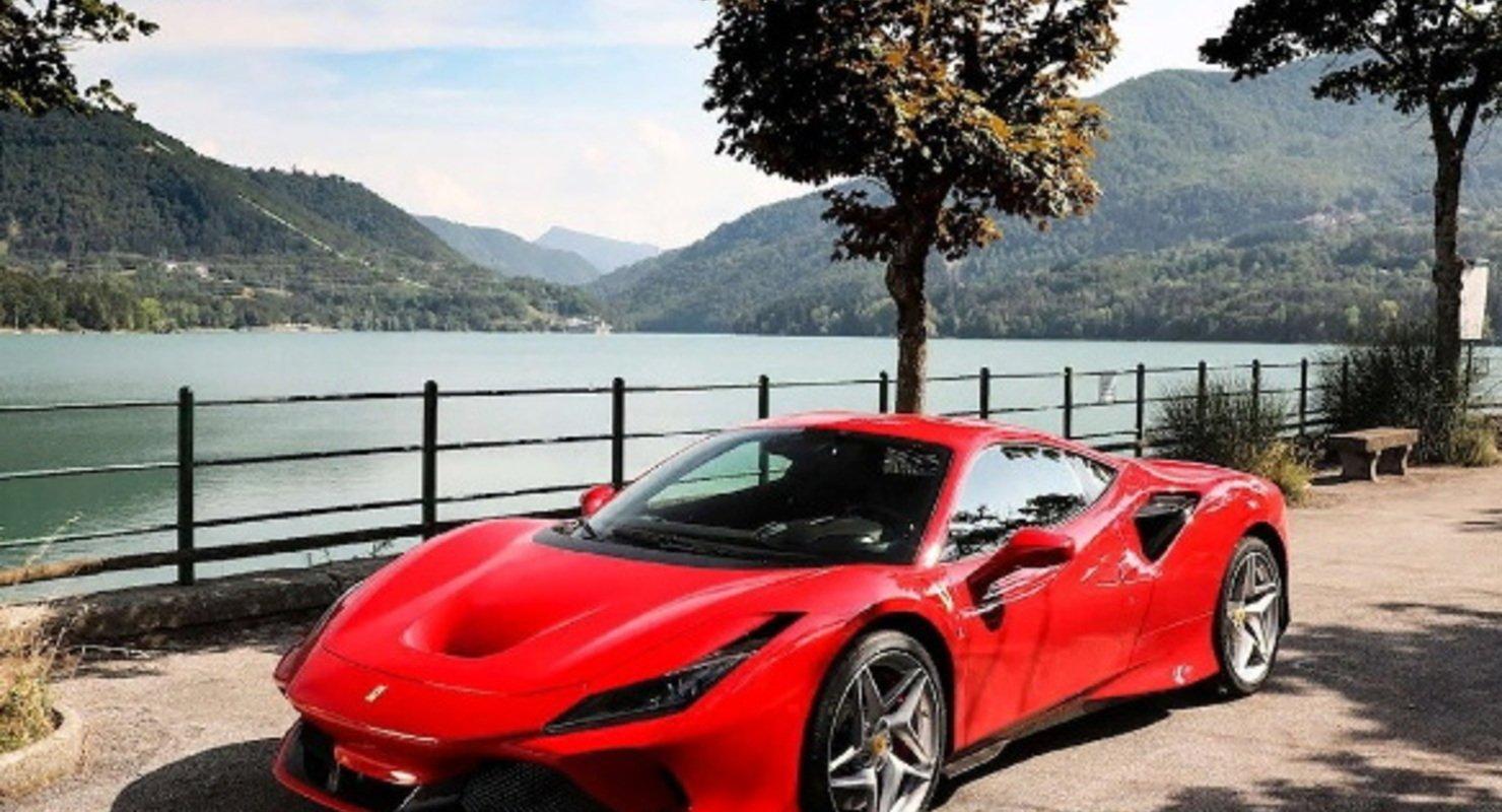 Немец разбил Ferrari через шесть часов после покупки Автомобили