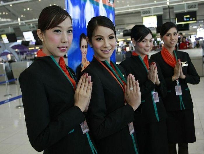 Стюардессы Тайландской авиакомпании